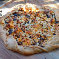 Idée apéro #3: Tarte rustique salée champignons/ fêta à la farine d'épeautre
